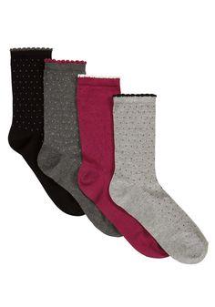 F 4 Pair pack of pin spot socks