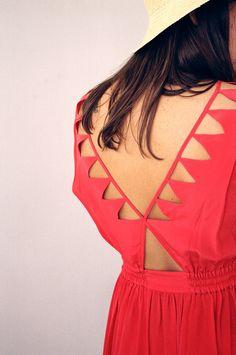cutout details on the back! (vena cava colima triangle cut out dress)