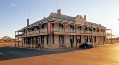 Hotel at Dumbleyung Western Australia Moving To Australia, Australia Hotels, Australia Travel, Western Australia, Wave Rock, England Australia, Vintage Hotels, Perth, Brewery