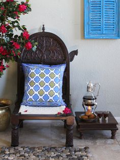 Moroccan Style White Quatrefoil CUSHION COVER (Complementary): Like comfort food there is something soul satisfying about walking into a room filled with an assortment of colorful plump stuffed throw pillows and cushions. Slip on some of our colorful cotton handcrafted decorative cushion covers to liven up your décor.