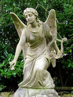 agoodthinghappened:    Angel, St Mary and St Bartholomew Hampton in Arden by amandabhslater on Flickr.