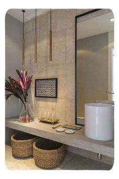 Modern Bathroom Have a nice week everyone! Today we bring you the topic: a modern bathroom. Do you know how to achieve the perfect bathroom decor? Modern Room, Modern Bathroom, Small Bathroom, Modern Decor, Bathroom Ideas, Bathroom Bath, Bronze Bathroom, Bathroom Towels, Bathroom Designs
