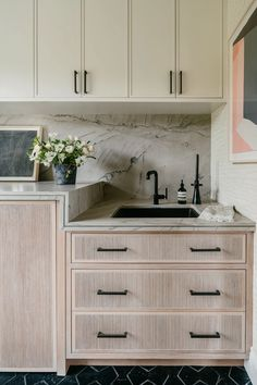 Nest Design, House Design, Country Look, Laundry Room Inspiration, Kitchen Inspiration, Laundry Room Design, Laundry Rooms, Architectural Digest, Interior Design Kitchen