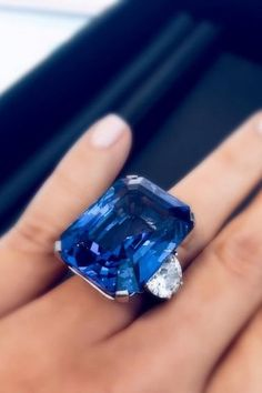 Unforgettable 63 carat sapphire ring by Tiffany & Co.