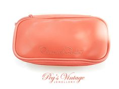 Coral Color Faux Leather OSCAR de la Renta Cosmetic Make Up Case Purse Traveling Bag//Perfume Case Vintage Accessories
