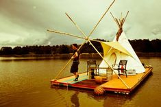 floating teepee, 21-year-old Aus­tralian and second-year uni­ver­sity stu­dent Will Wood­bridge lived out of his car before even­tu­ally decid­ing to build a raft. His uncle sug­gested a teepee for shelter. Unfor­tu­nately, his life aboard the float­ing teepee may be short-lived: the local gov­ern­ment has asked him to move along, so he may have to move out by the end of the week.