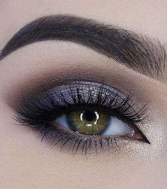 Photo extraite de 15 idées de maquillage totalement canons pour sublimer les yeux clairs (15 photos)