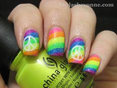 Multicoloured neon striped nails