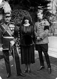 Constantine I King Greece*02081868Portrait in uniform undated Photographer Walter GirckeVintage property of ullstein bild