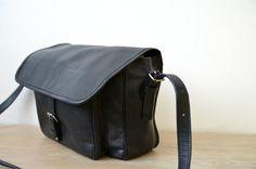 Unisex  Black Leather Messenger  Bag Satchel