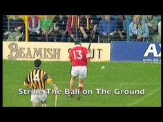 Hurling - The Fastest Game on Grass Ireland Culture, Irish Culture, Irish Movies, Irish Step Dancing, Irish Eyes Are Smiling, Sports Memes, Teaching French, World Of Sports, Soccer Players