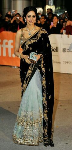 Sridevi looking beautiful #sridevi #saree