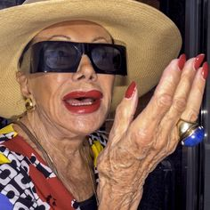 """Photographer Dougie Wallace captures the super rich spenders of """"Harrodsburg"""" Photography Awards, Art Photography, Fashion Photography, British Journal Of Photography, London Photographer, Made In Chelsea, Street Photographers, East London, Respect"""