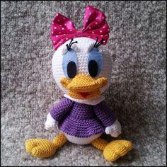 Vrolijke en kleurrijke baby Katrien Duck!  Hoogte zittend: 20 cm