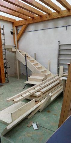 TABSAL e ICAMTEK ceden sus productos para que alumnos del C.I. DONIBANE fabriquen una escalera - Madera sostenible es un periódico digital para la industria española de la madera y el mueble Wood, Wooden Staircases, Learning, Products, Furniture, Woodwind Instrument, Timber Wood, Trees