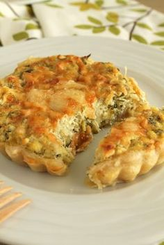 Aromatic tart with zucchini and feta and greek ricotta type cheese. Pureed Food Recipes, Greek Recipes, Veggie Recipes, Cooking Recipes, Quiche, Greek Cooking, Greek Dishes, Appetisers, Different Recipes