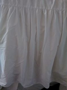 J.C. Penney Queen White Petticoat- Bed Skirt-Dust Ruffle  #JCPenney #frenchcountrycottageshabbychic