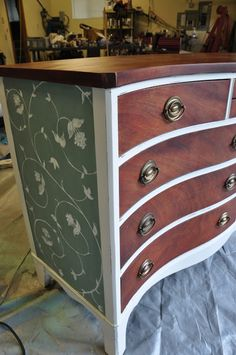 Chic Painted Dresser Redo - This dresser was quite a find and I could hardly wait to get my hands on it. This dresser basically lived at someones beach house s… Furniture Fix, Refurbished Furniture, Repurposed Furniture, Furniture Projects, Furniture Making, Furniture Makeover, Vintage Furniture, Diy Projects, Muebles Art Deco
