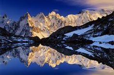 Les Aiguilles and Lac Blanc Savoy Alps, France - Art Wolfe Sunset Photography, Amazing Photography, Travel Photography, Photography Tips, Art Wolfe, Cool Photos, Beautiful Pictures, Amazing Photos, France Art