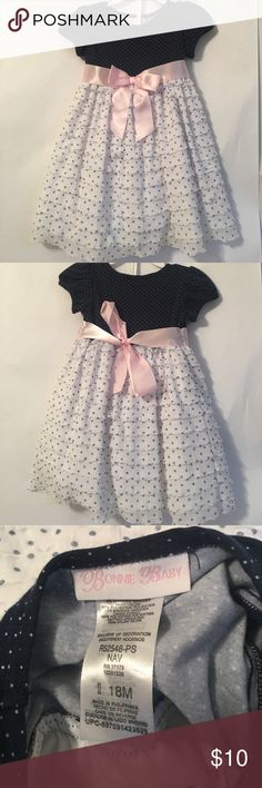 Bonnie Baby Dress- Size (18 months) This dress was preloved, you can see a little wear from wash on the top but in great condition.  No tears or rip Bonnie Baby Dresses Formal
