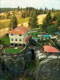 Arbor Crest Winery - The historic Cliff House Estate, est. 1924