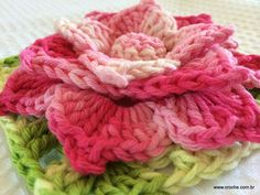 FLOR MARIANA - Passo a passo --- http://www.croche.com.br/flor-mariana-passo-a-passo/