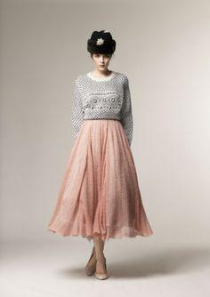 Beautiful modest A La Russe fashion winter 2013 collection Modest Outfits, Modest Fashion, Fashion Outfits, Modest Skirts, Midi Skirts, Russian Beauty, Russian Fashion, Russian Style, Preppy Style