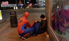 TITOLI NEWS PAGE: Gb, Spiderman al servizio dei senzatetto