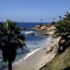 It pays to wander off the beaten path in so cal @green_eyed_girl_xoxo #surfwear #surfing #beach #socal #secretspot #beachruns #running #noworries #lovebeachlife #santamonicabeach #huntingtonbeach #californiabeachgirl #beachphoto #amazingview #viewporn #beachdays #coronadelmar #oceanview #beachlife