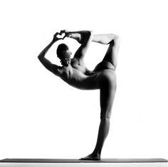 Nude Yoga Girl 10