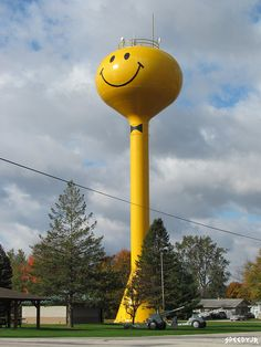 Smiling water tower, Ashley, Indiana *close to home and visible for miles* Tower Light, Collor, Roadside Attractions, Water Tank, Mellow Yellow, Windmill, Smiley, Indiana, Lighthouses