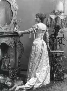 late victorian fashion