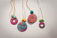DIY washer necklaces — washers + nail polish = fun summer craft for kids