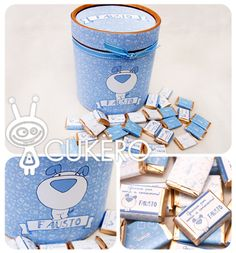 Caja circular forrada con mini chocolates de souvenir.
