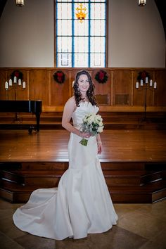 Bridal pictures at Lee University Chapel in Cleveland, TN by Amanda May Photos