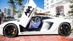 Marshmello Net Worth|Wiki,bio,earnings, songs, face, real name, albums Iphone Wallpaper Music, Huge Mansions, Dj Mustard, Hidden Identity, Waiting For Love, Best Dance, Dance Music, Net Worth, Music Awards