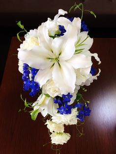 #novarese#vressetrose#wedding #white #round #bouquet #clutchbouquet #natural#flower #bridal #ノバレーゼ#ブレスエットロゼ#ウエディング# ホワイト#グリーン#シンプル #クラッチ# ブーケ# ナチュラル#小花#バラ#ナチュラル#ブライダル#結婚式#ユリ#キャスケードブーケ