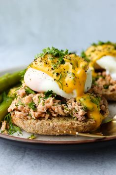 This collection of 15+ easy, healthy egg recipes ideas will give you a ton of inspiration for what to make with eggs. These dishes use simple ingredients, are easy to cook, and can be enjoyed for breakfast, lunch, or even dinner! Canned Salmon Recipes, Healthy Egg Recipes, Whole Food Recipes, Fish Recipes, Healthy Foods, Easy Eggs Benedict, Eggs Benedict Recipe, Can Salmon, Salmon Eggs