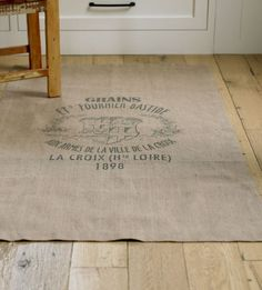 Burlap rug - for my kitchen Burlap Rug, Burlap Sacks, Hessian, Burlap Projects, Burlap Crafts, Coffee Bean Sacks, Burlap Coffee Bags, Floor Cloth, Grain Sack