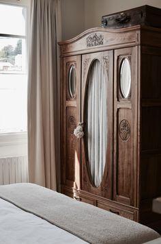 Unique Furniture, Vintage Furniture, Home Furniture, Interior Decorating, Interior Design, Victorian Homes, Home Bedroom, Furniture Makeover, Sweet Home