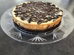 Best Brownie Bottom Cheesecake Recipe - How to Make Brownie Bottom Cheesecake Brownie Bottom Cheesecake Recipe, Key Lime Cheesecake, Cheesecake Brownies, Brownie Cake, Cheesecake Recipes, How To Make Brownies, Best Brownies, Holiday Desserts, Christmas Recipes