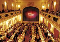 Caso queira algo mais tradicional, Sabor a Tango oferece um show das raízes do tango.