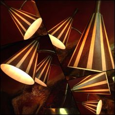 Table Lamp, Boutique, Facebook, Home Decor, Retro Vintage, Table Lamps, Decoration Home, Room Decor, Home Interior Design