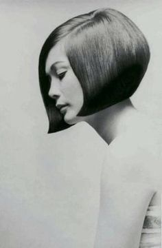 Nancy Kwan modeling her Vidal Sassoon cut for a 1968 issue of Vogue.  Photo by Terry Donovan. - ☮k☮