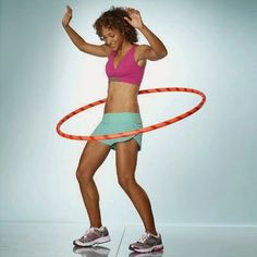 Kids or adults, everyone loves the hula hoop. Here are complete guide for Hula hoops exercises to enjoyable way to lose weight and get your core muscles stronger. Muscle Building Women, Muscle Building Workouts, Gym Workouts, Weighted Hula Hoops, Cardio, Hula Hoop Workout, Bingo Wings, Muscle Building Supplements, Gym Workout For Beginners