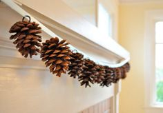 DIY Fall Decor Ideas- I'd make this pine cone garland with the cinnamon pine cones! Fall Crafts, Holiday Crafts, Holiday Fun, Holiday Stress, Festive, Holiday Recipes, Noel Christmas, Winter Christmas, Fall Winter