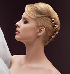 Standard ballroom hair inspiration --french twist hairstyle Perfectly styled hair is an important part of the overall look for ballroom dance competitors. Ballroom Hair stylists can get very creative. Wedding Hairstyles 2014, Easy Formal Hairstyles, Dance Hairstyles, Twist Hairstyles, Bride Hairstyles, Cool Hairstyles, Latest Hairstyles, Hairdos, Formal Updo