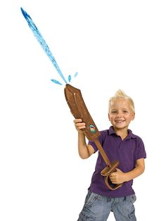 Jake-vesimiekka  Kastele kaverisi hauskalla Jake-vesimiekalla! Miekan pituus 41 cm.