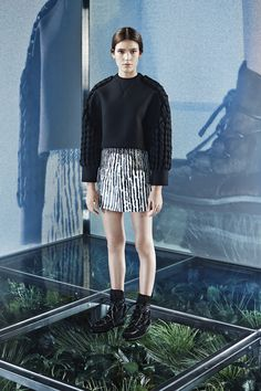 Balenciaga Pre-Fall 2014 - Review - Fashion Week - Runway, Fashion Shows and Collections - Vogue