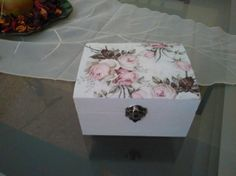 Decoupage, Decorative Boxes, Home Decor, World Crafts, Jewelry Storage, Decorated Boxes, Pintura, Blue Prints, Decoration Home